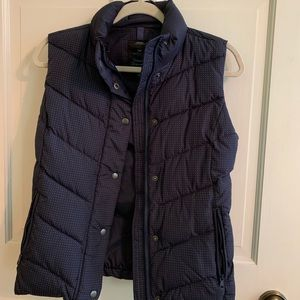 Gap polka dot puffy vest